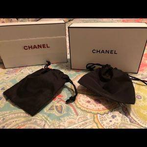 Chanel boxes bAgs tissue